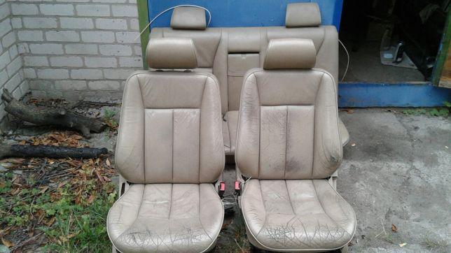 Продам Сиденья кожаные Мерседес W210 W124 Ваз Бежевые Сидения