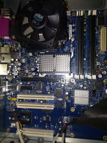 Bord + Processador + 4GB RAM .