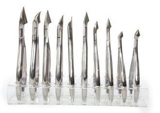 Маникюрный и педикюрный инструмент. Накожницы, кусачки, ножницы.