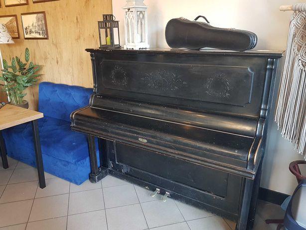 Pianino  FRIEDR.HELMICH z Hamm Westfalia