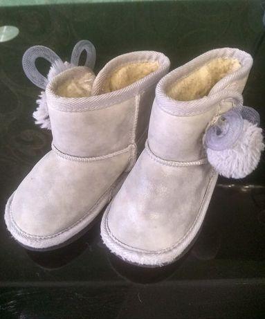 Угги, сапоги, дутіки, ботинки, черевички