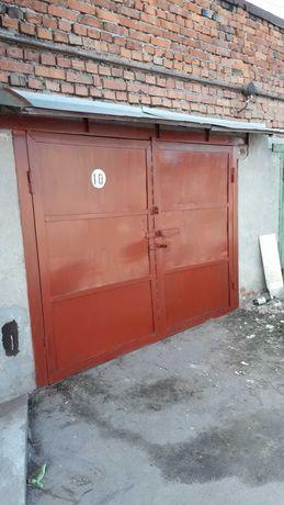 """Цегляний гараж в г/к """"Безпека"""" біля тролейбусного парку"""