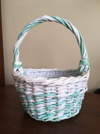 Koszyk z wikliny papierowej cieniowany