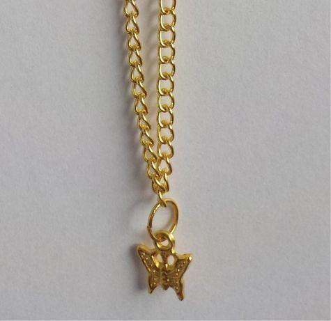 Złoty naszyjnik z motylkiem