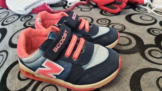 Дитячі кросівки унісекс