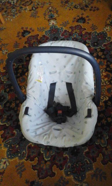 Fotelik dziecięcy, nosidełko dla dziecka do 13 kg