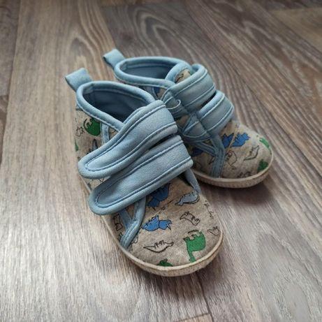 Детская обувь, кеды, мокасины