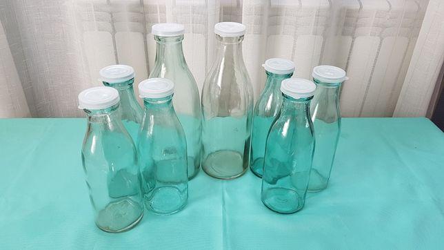 Бутылки молока/кефира СССР.