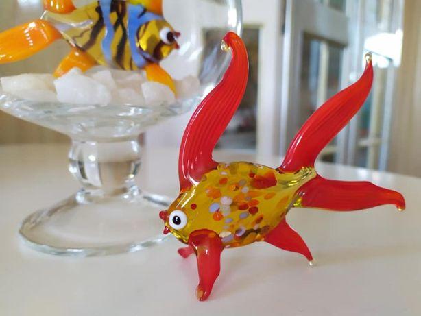 колекційна скляна рибка і ваза-бокал-акваріум