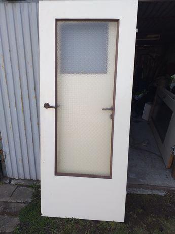 Drzwi wewnętrzne stare