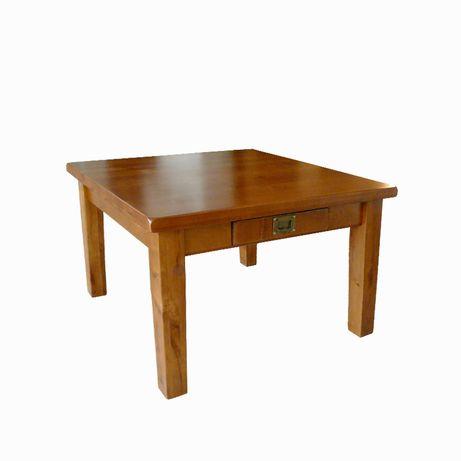 Sprzedam piękny drewniany stolik