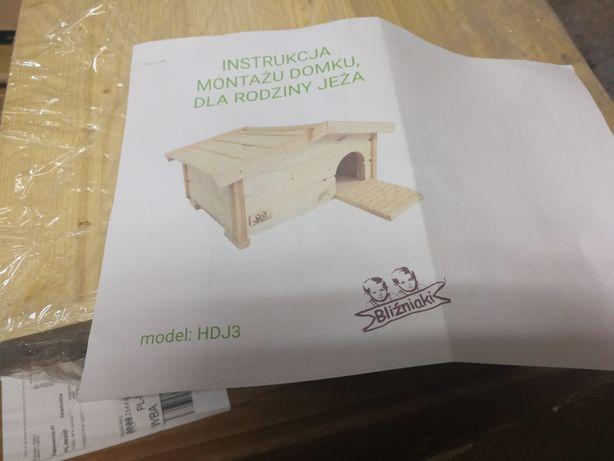 Drewniany domek dla JEŻA, budka lęgowa