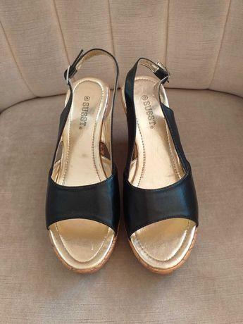 Sandały sandałki na koturnie r 39