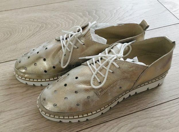 Туфли кожаные. Новые.