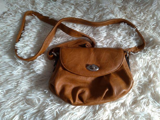 Torebka mała brązowa torba na ramię