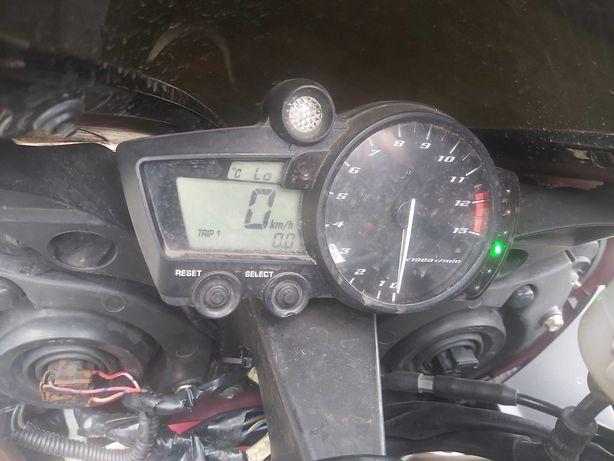 Yamaha R1 RN09 2004r