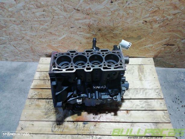 Bloco do Motor RENAULT MEGANE III Hatchback (BZ0/1_)/RENAULT MEGANE III Coupe (DZ0/1_)/RENAULT MEGANE III Grandtour (KZ0/1)/RENAULT SCNIC III (JZ0/1_)/RENAULT GRAND SCNIC III (JZ0/1_)/RENAULT SCNIC IV (J9_)/DACIA LODGY  Usado REF. K9K 846