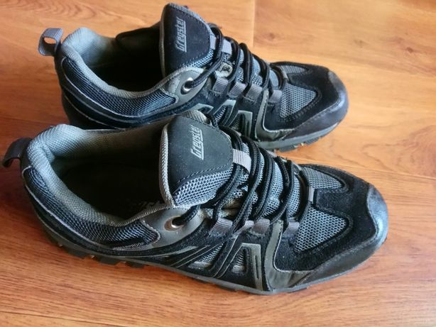 Кросівки сірі р.39