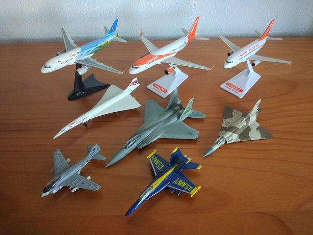 Modelos de Aviões à Escala