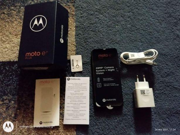 Smartfon Moto E7 4/64 GB z gwarancją bardzo krótko używany