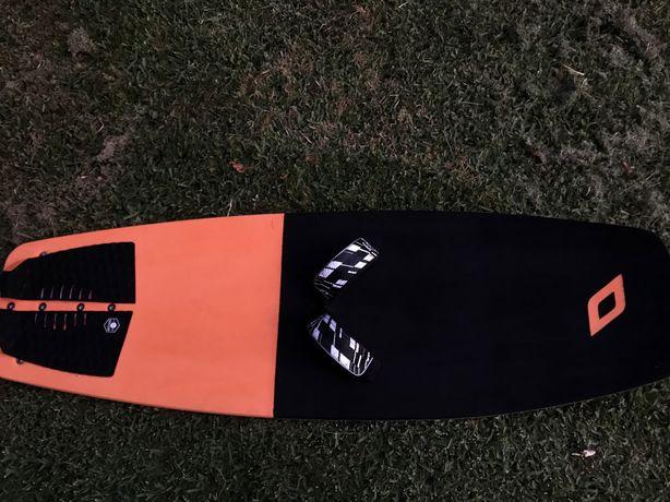 Hydrofoil Race como novo