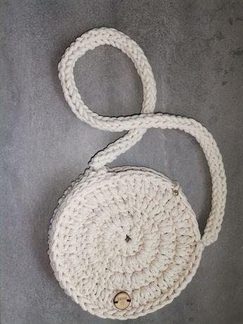 Torebka okrągła ze sznurka bawełnianego