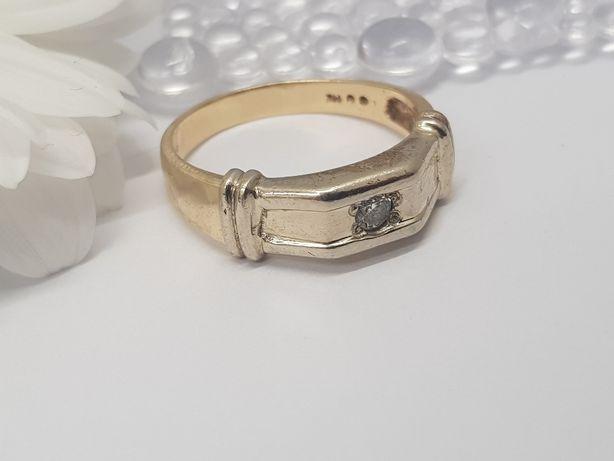 Pierścionek z brylantem używany złoty próba 585 R27