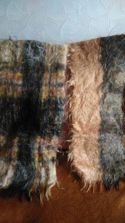 Да теплых мохеровых шарфа