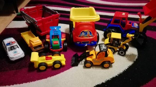 Zabawki dziecięce samochody, traktor, koparka, ciężarówka.