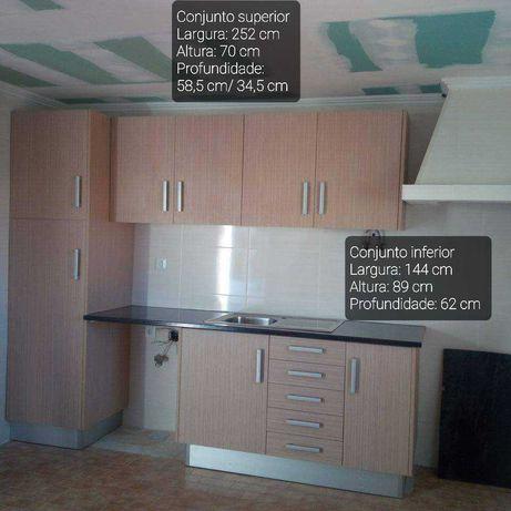Móveis Cozinha - Imitação Madeira