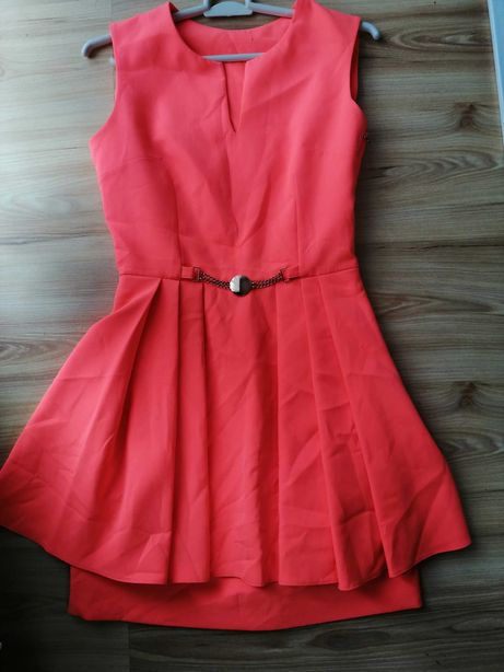 Cudna sukienka piekny kolor S