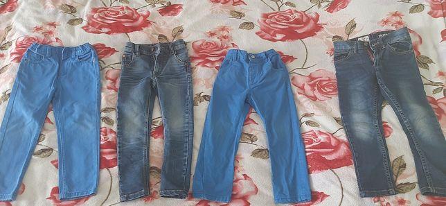 Дуже класні штанішки, штани на 3-5 років.