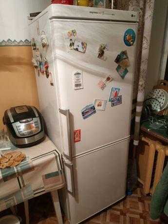 Холодильник lg 170см. Терміново! Торг