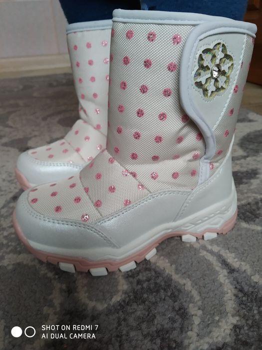 Зимние ботинки, дутики, 22-24 размер, новые Сумы - изображение 1