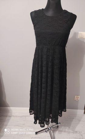 Sukienka czarna, asymetryczne r.42