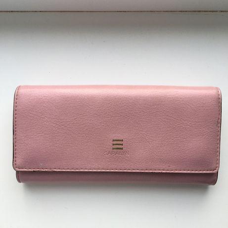 Продам рожевий гаманець