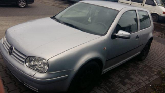 VW Golf IV na części, 1.4 benzyna, srebrny, 3D