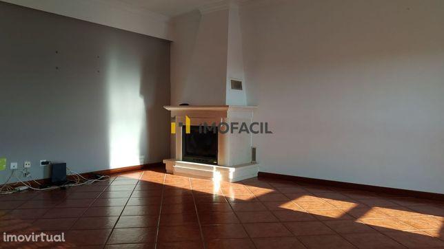 Excelente Apartamento T2 Duplex em São Bernardo