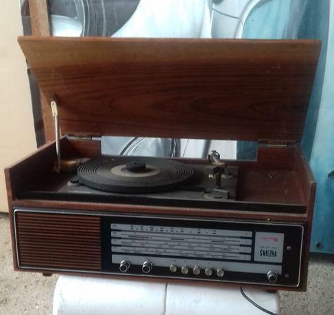 Radio Śnieżka z adapterem .