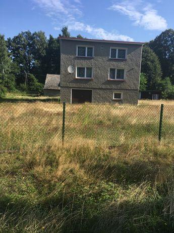 Dom jednorodzinny o pow. 96m2 na działce o pow. 1,54 ha w Bielczy