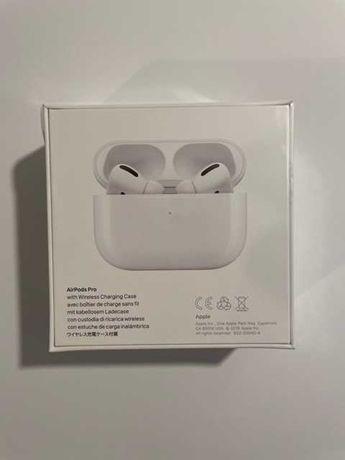Słuchawki  APPLE AirPods Pro białe z etui z funkcją ładowania