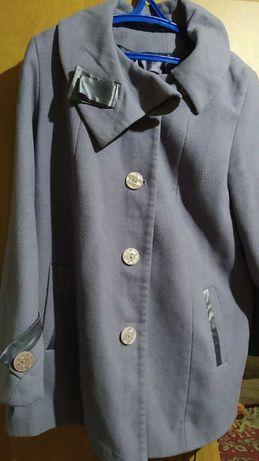Пальто, плащи и ботинки (женская одежда)
