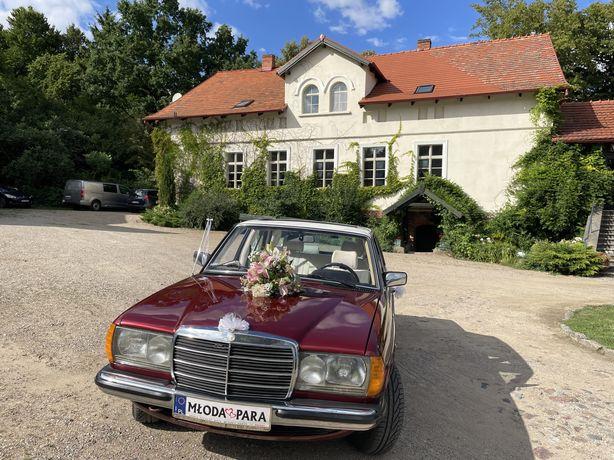 Piekny Klasyczny Mercedes W123 Auto do ślubu