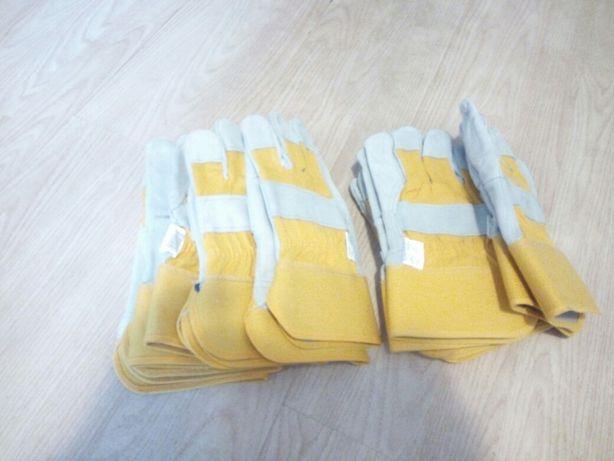Перчатки слесарные.