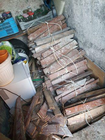 Parkiet odpady drewniane drewno na podpałkę ZA DARMO
