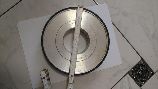 Алмазный круг СССР висота 200мм, ширина 40мм.