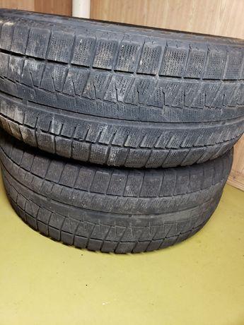 Зимняя Bridgestone 205/55 R16