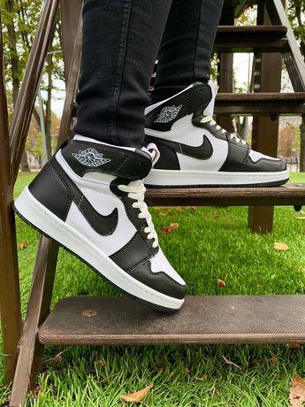 Детские кроссовки 36 размер Nike Air Jordan 1 retro черно белые