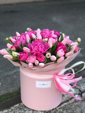 Доставка цветов, букетов, пион, 101 роза Киев, гортензия