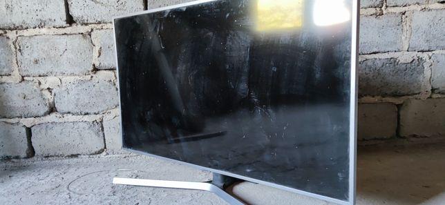 Telewizor Samsung 50 cali , 4k, pilot. Uszkodzony